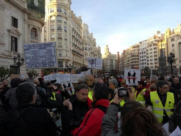 Clam popular a València contra la corrupció